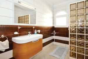 A bathroom at Pacifica
