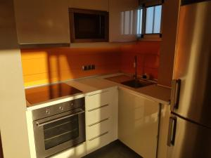 A kitchen or kitchenette at Seaside apartment in Playa del Aguila