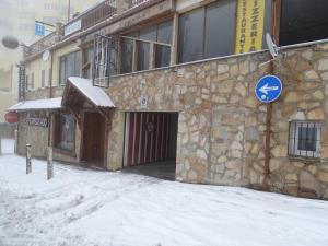 Apartamentos Torrecillas during the winter