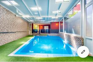 The swimming pool at or near Casa Roque Aguairo