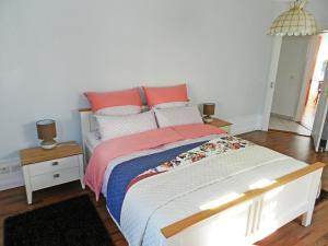 Ein Bett oder Betten in einem Zimmer der Unterkunft Apartment Morgenstrasse