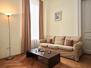 Гостиная зона в Apartment Riverbank.6