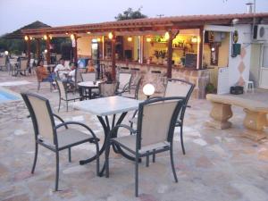 Εστιατόριο ή άλλο μέρος για φαγητό στο Pansion Tonia