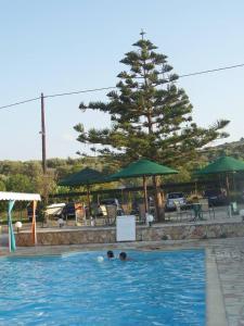 Πισίνα στο ή κοντά στο Pansion Tonia
