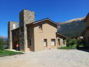 Duplex en la Base del Cerro