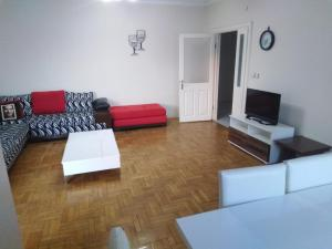 A seating area at Spacious 3BR Apt. near SAW Airport & Atlantis Mall