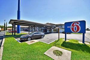 Picture of Motel 6 Anderson