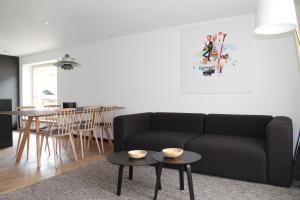 A seating area at Chalet Felderhof