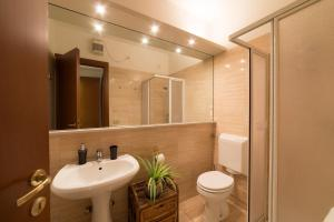 A bathroom at Dimore Verona