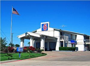 Picture of Motel 6 Dallas DeSoto Lancaster