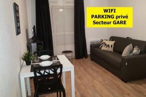 studio kati proche gare le mans tarifs 2019. Black Bedroom Furniture Sets. Home Design Ideas