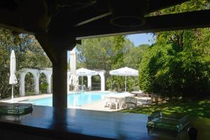 The swimming pool at or near Litamiloca