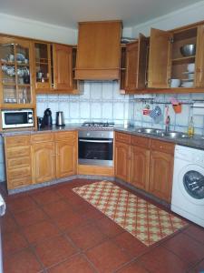 A kitchen or kitchenette at Apart. Almerinda-Al64544