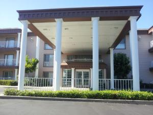 Picture of Super 8 Oroville