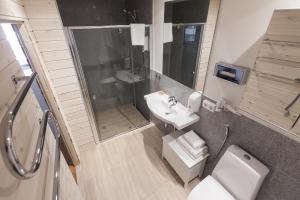 Vonios kambarys apgyvendinimo įstaigoje eLoftHotel