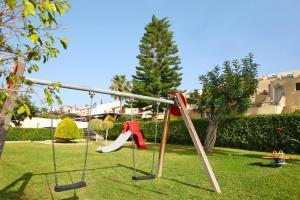 Children's play area at Apartments Erimi - PFO021001-SYA