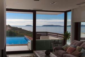 Vista de la piscina de Villa Bascuas o alrededores
