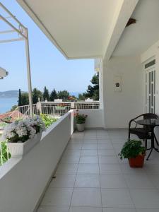 A balcony or terrace at Apartments Ljiljana