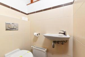 Koupelna v ubytování Lord Residence