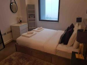Stylish 2 Bed Next To The Globe Theatre