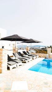 The swimming pool at or close to Paliomylos Spa Hotel