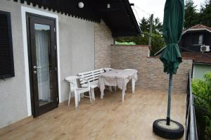 A balcony or terrace at Apartment Silva