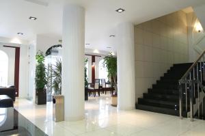 普瑞米尔酒店 (Premier Hotel)
