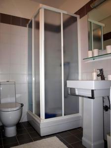 A bathroom at Apartman 36