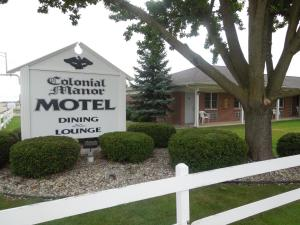 Picture of Colonial Manor Motel