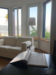 A seating area at Villa Maria Lago Maggiore