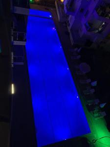 Вид на бассейн в Sunlight Residence или окрестностях