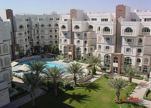 A view of the pool at Muscat Oasis Residences or nearby
