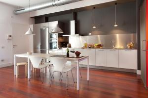 A kitchen or kitchenette at Sealona Beach Lofts Apartments