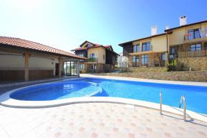 The swimming pool at or near Menada Sunny Hill Villa