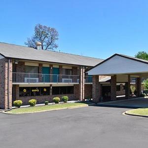 Travelers Inn Memphis Tn Booking Com