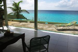 Marina Oceanfront Villa