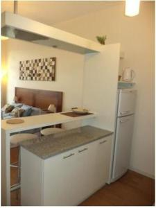 A kitchen or kitchenette at Bariloche Downtown 2