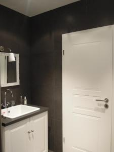 A bathroom at The Guest House II