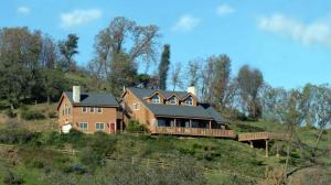 Picture of Tucker Peak Lodge