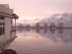New Lucky Kashmir Houseboat