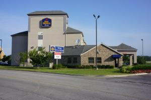 Picture of Best Western PLUS Tulsa Inn & Suites