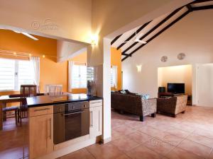 Een keuken of kitchenette bij Kas Vis