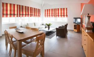 Restaurant ou autre lieu de restauration dans l'établissement Cannes Croisette Prestige Apart'hotel