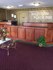 Picture of Western Plaza Inn