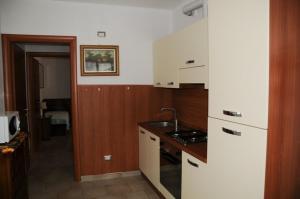 A kitchen or kitchenette at Villa Regina Enrica