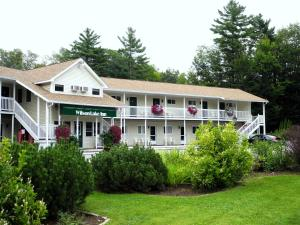 Picture of Wilson Lake Inn
