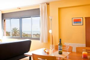 AB Beach Views Apartments