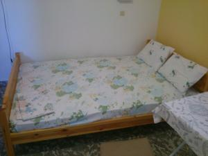 Un ou plusieurs lits dans un hébergement de l'établissement Vogiatzis Rooms