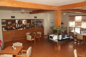 American Inn Hotel & Suites Parral