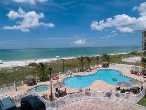 Condo Hotel Sunset Vistas Beachfront Suites St Pete